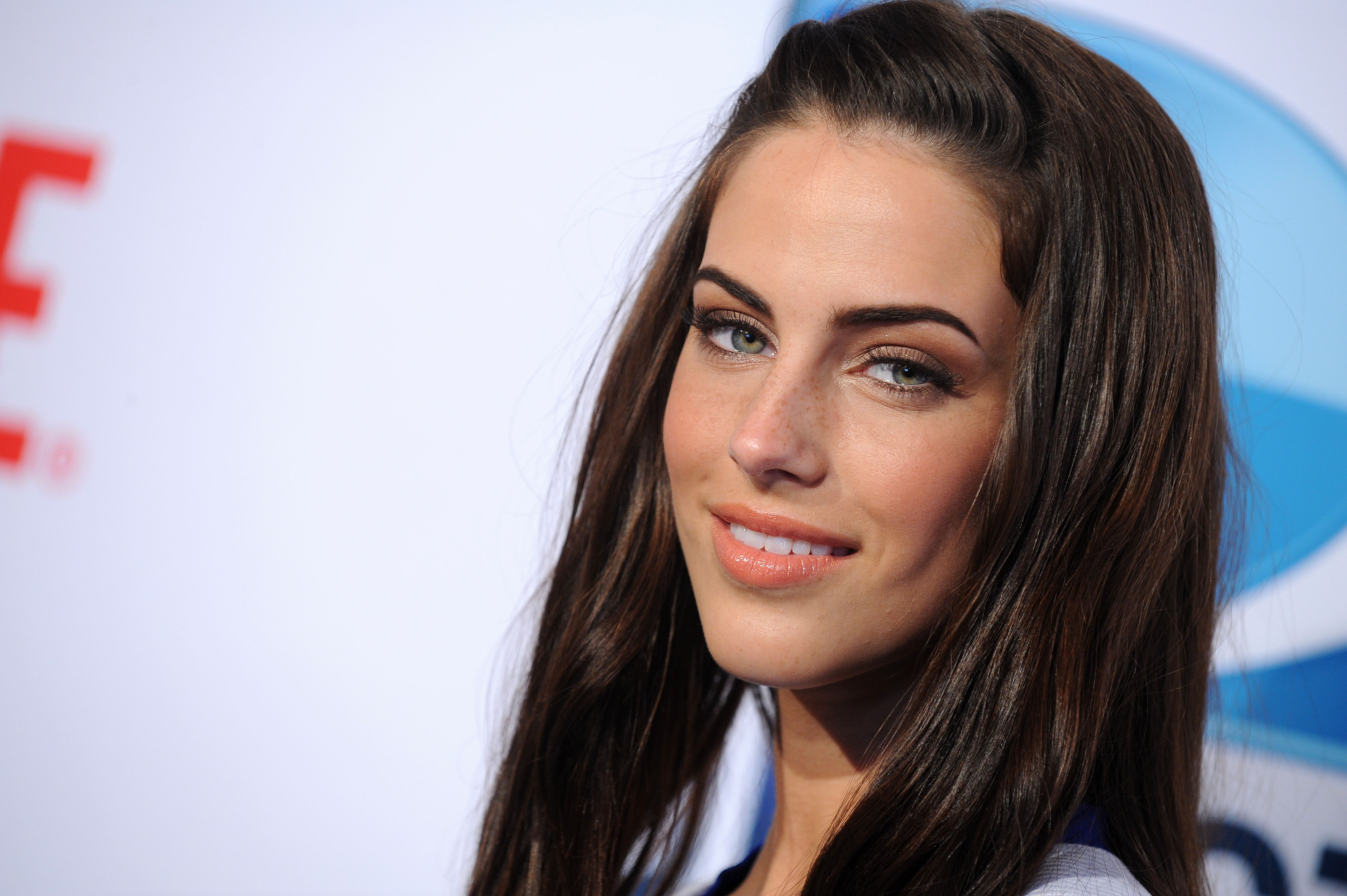 Jessica Lowndes_relationship
