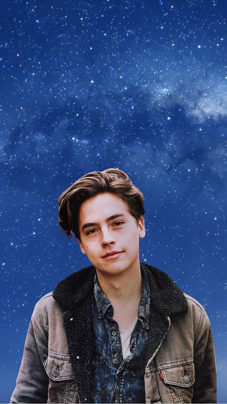 Cole Sprouse_laptop