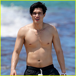 Charles Melton_younger